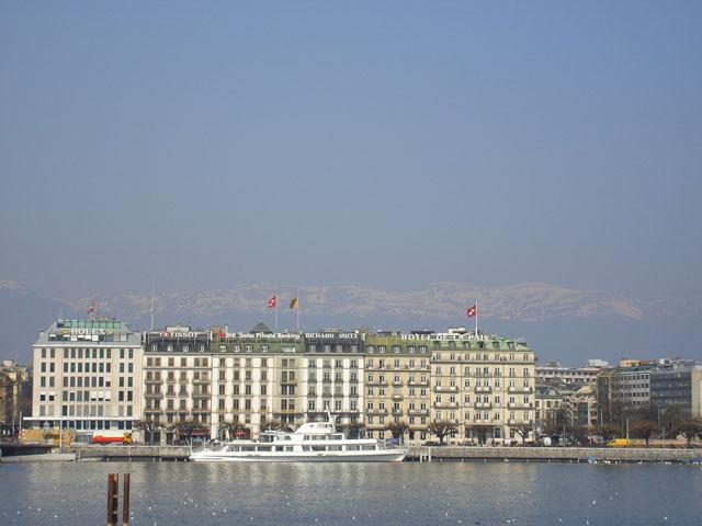 Набережная Женевского озера